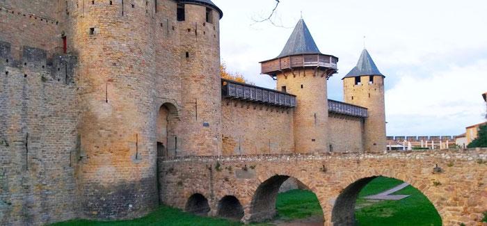 (Ситэ) - Город-крепость Каркассон во Франции