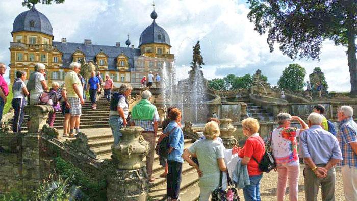 Schloss Seehof mit Kaskade   © Gisela Künzelmann
