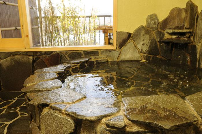 愛犬の宿 岩の貸切露天風呂