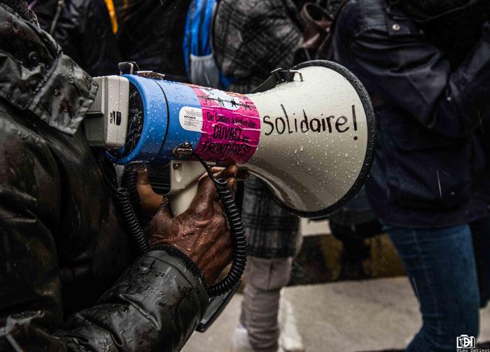 Marche solidarité Manifestation  de soutien aux migrants, contre le projet loi immigration Paris 17 Mars 2018 Léo Derivot Photographe