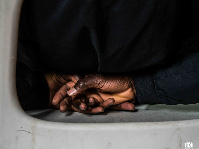 Les sans visages France 2018 Travail sur la place des mineurs isolé au sein d'un association de banlieue parisienne Léo Derivot Photographe