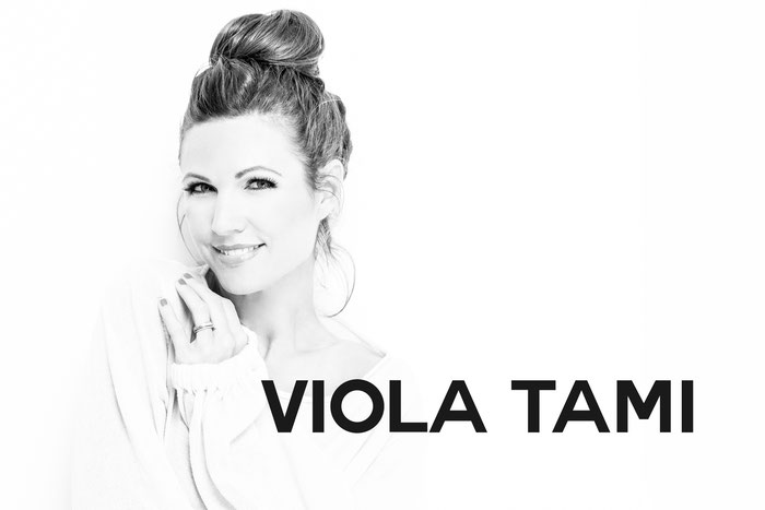Viola Tami violatami Viola-Tami Viola_Tami Eventmoderation Eventmoderatorin Moderation Moderatorin Event Radio Energy Zürich Ich schaenke Dir es Lied The Voice of Switzerland Die Grössten Schweizer Talente Bernhard Theater Niederdorf Oper Schwarzer Hecht