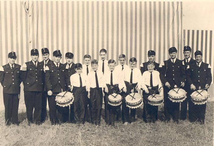1961 - aus den Anfängen des Feuerwehr-Spielmannszug