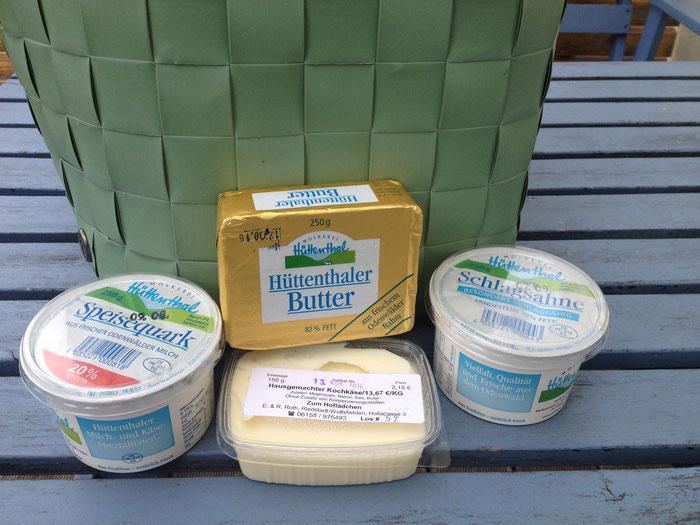 Fürs Wochenende mit Milchprodukten aus dem Hause Hüttenthal versorgt.