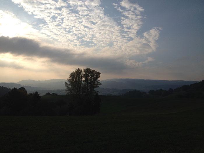 Das Gersprenztal in der herbstlichen Abendsonne (©odenwaldlust.de)