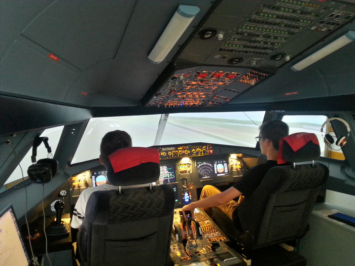 A320: Homecockpit: Fixed Base Simulator - Airbus A320 Cockpit