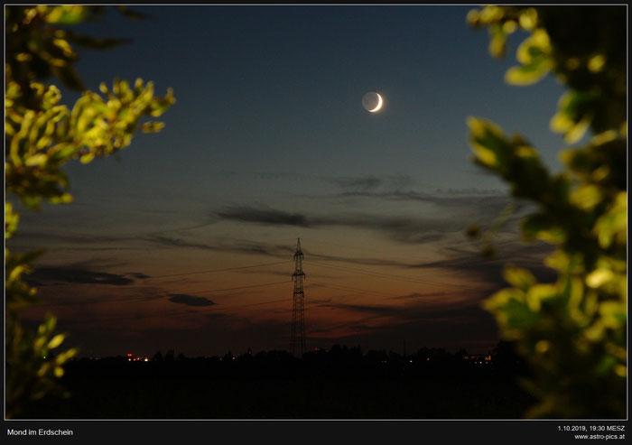 Mond im Erdschein
