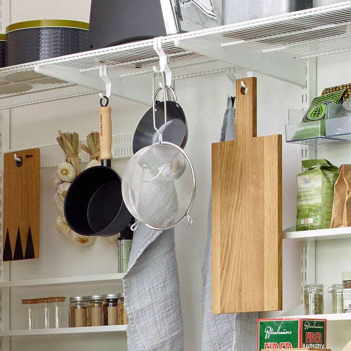 Elfa Regalsystem für Abstellraum, Hauswirtschaftsraum, Keller, Wandsystem Metall
