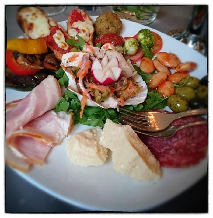 italienisch karlsruhe kulinarische vielfalt restauranttest in karlsruhe essen gehen in. Black Bedroom Furniture Sets. Home Design Ideas