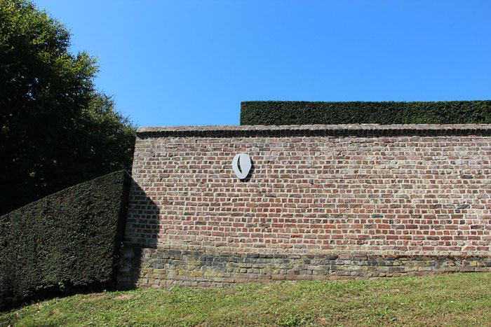 (tuin, unit, nuit) / In Between / Kasteel van Gaasbeek, 2013