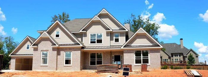 Front view of new home under construction prior to Advantis Home inspection walk through