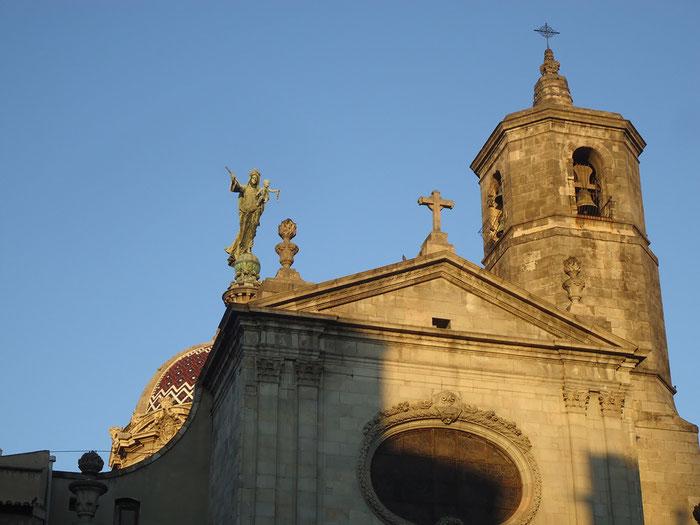 Статуя Мерсе, церковь Мерсе, достопримечательности Барселоны