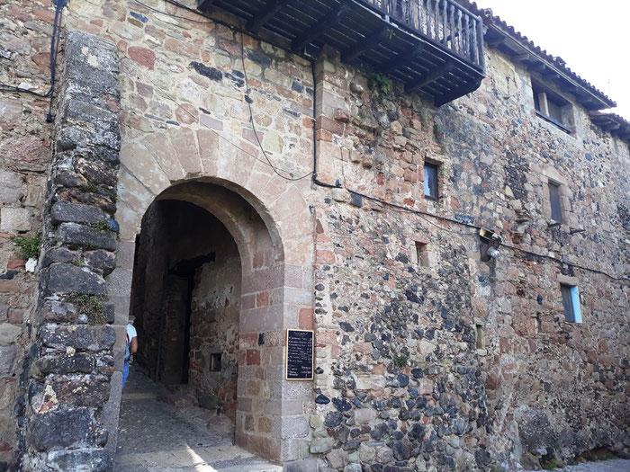 Санта Пау - самые красивые места Каталонии