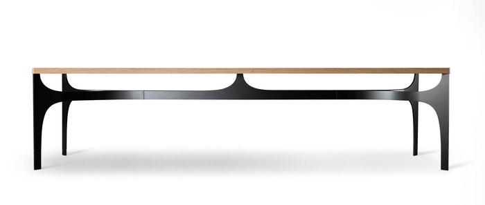 IGN. OSCAR. Tischplatte Massivholz 40 mm dick, abgerundete Tischecken, Untergestell Vollstahl gebogen, schwarz pulverbeschichtet
