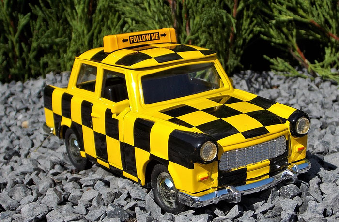 "Trabant 601, Trabbi, ""Folloe me"""