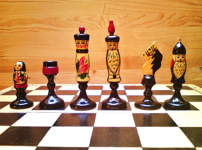King 11cm  Pawn 6cm