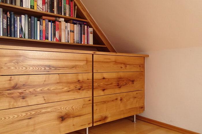 Bücherregal Dachnische Holz