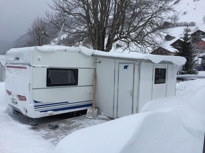 Hütte mit Polar Logo!! Lieben Dank an Familie F. für das gelungene Winterfoto