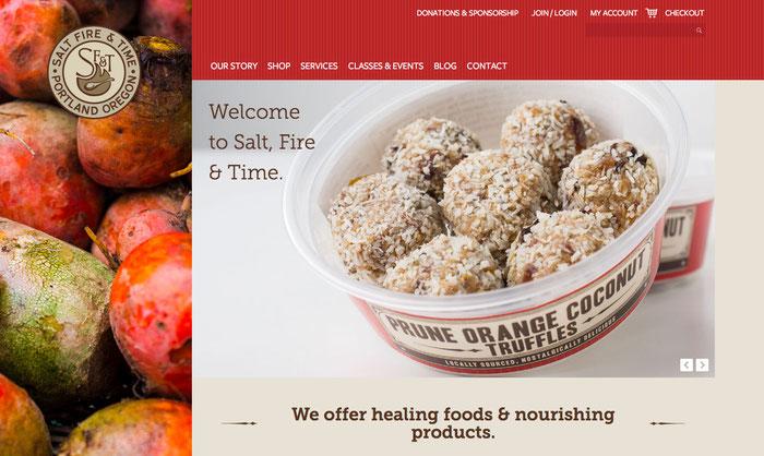 Combinación de tonalidades rojas en una página web.