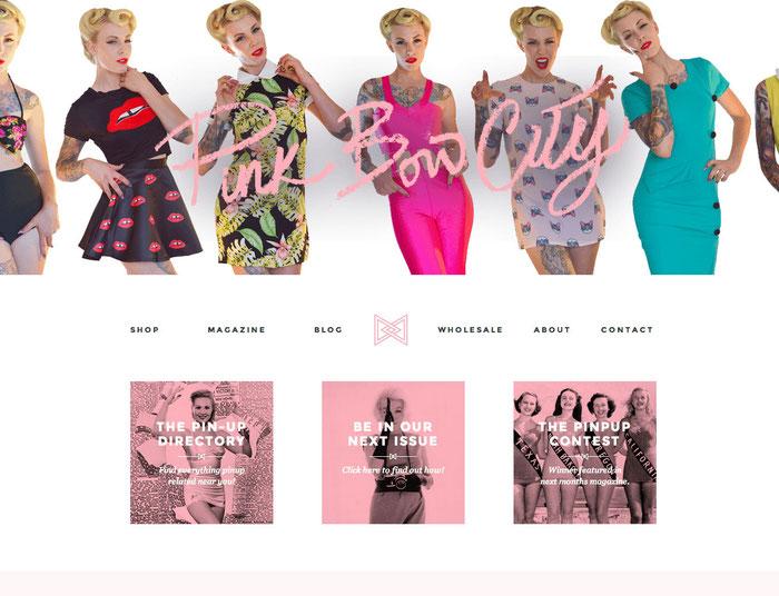 Combinación de tonalidades rosas en una página web.