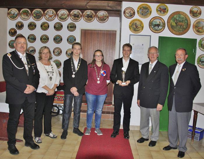 v.l.n.r.: Söncke Buggel, Silke Otto, Dannie Ludewig, Friederike Bieberich, Nils Harwarth, Delef Damm, Dietmar Kynast