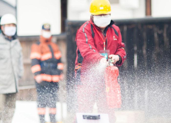 水消火器を用いての訓練