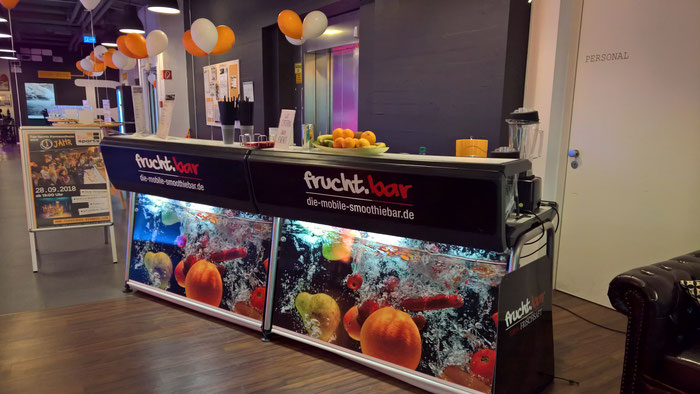Events_Catering_Smoothie_mobile Smoothiebar_Mango Smoothie_Smoothie Maker_10