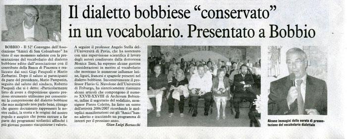 """Articolo apparso su """"La cronaca"""" l'11 settembre 20007. In alto a sinistra, il professore Angelo Stella, a destra uno degli autori, Gigi Pasquali"""
