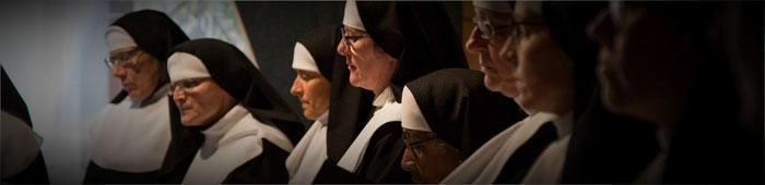 Der Nonnenchor trug viel zur musikalischen Umrahmung des Stücks bei.