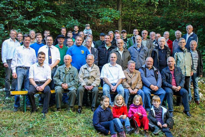 TeilnehmerInnen des Jung-Alt Treffens