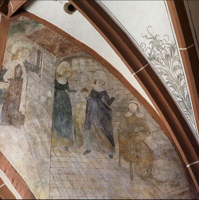 """Les peintures murales de Saint Nicolas (1493) à Hunawihr en Alsace relatent le miracle des """"trois jeunes filles"""".  photographie : Anny et Jacques Brandini"""