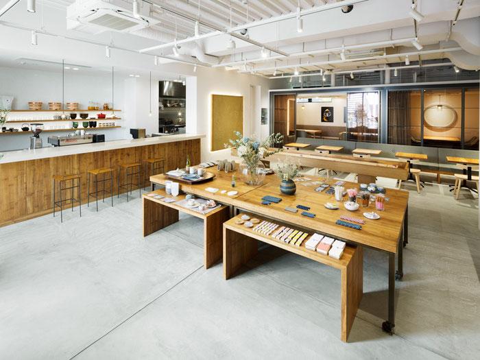 左官職人 久住有生(くすみ なおき)施工作品 飲食店 『リラックス食堂 HARAJUKU』