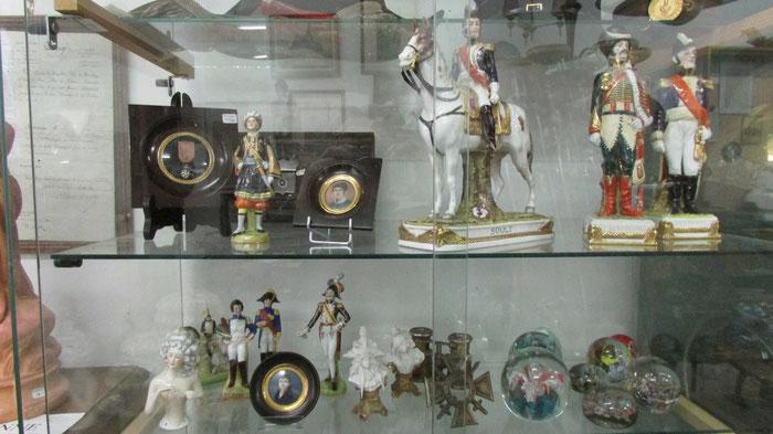 miniatures sur ivoire porcelaine de saxe Saint-Calais Antiquités