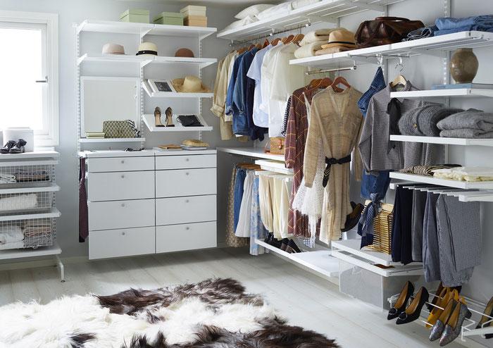 So könnte Ihr neuer begehbarer Kleiderschrank aussehen - Elfa Classic, Elfa Décor und Elfa Freestanding