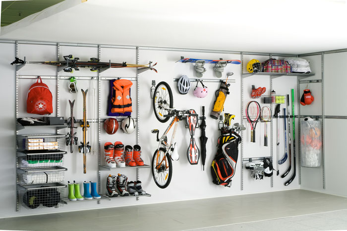 Sportsachen aufbewahren, Fahrrad aufhängen, Fahrrad Aufbewahrung Garage, Garage optimal einrichten, Regale für Garage, Wandregal für Keller, Golfbag aufbewahren