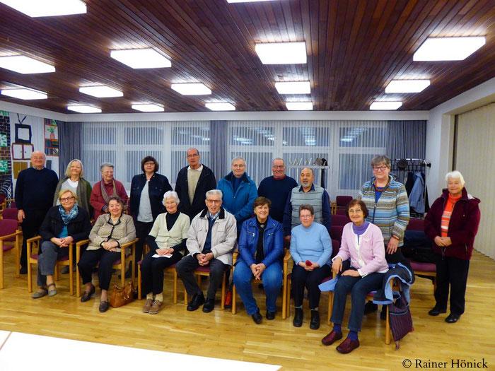 Gruppenbild der Teilnehmer der Mitgliederversammlung HJV 23.3.2017