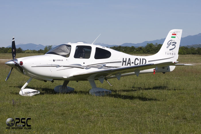 HA-CID Cirrus Design Corp SR-22 SR22 3214 @ Aeroporto Verona Boscomantico © Piti Spotter Club Verona