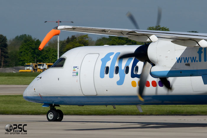 G-JECG DHC-8-402 4098 Flybe - British European @ Manchester Airport 13.05.2014  © Piti Spotter Club Verona