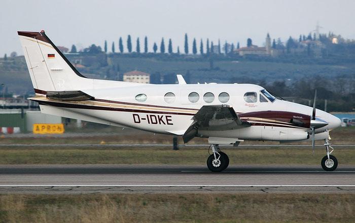 D-IDKE Beech C90GTi LJ-1865 @ Aeroporto di Verona 02.2018  © Piti Spotter Club Verona