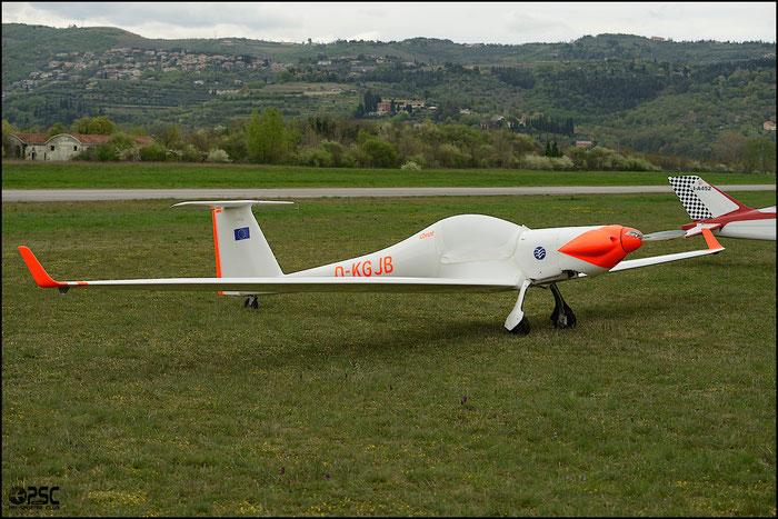D-KGJB - Technoflug Carat @ Aeroporto Verona Boscomantico © Piti Spotter Club Verona