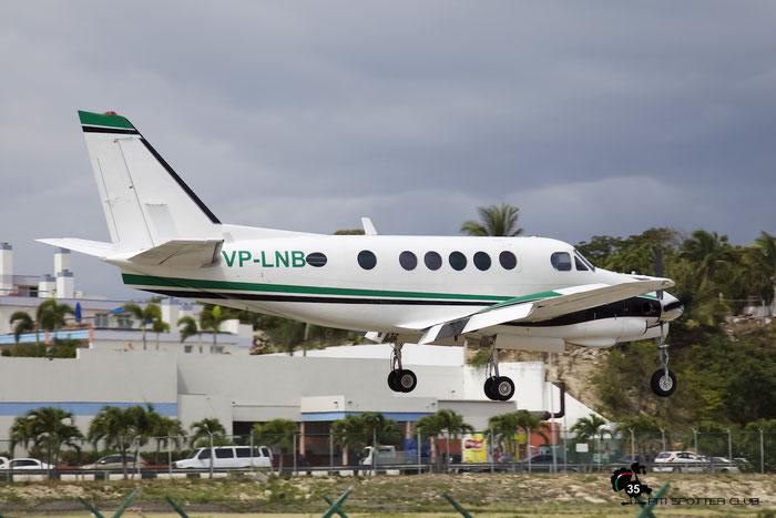 VP-LNB Beech A100 B-166 VI Airlink @ Sint Maarten Airport 05.03.2016 © Piti Spotter Club Verona