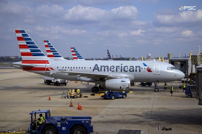 N835AW A319-132 2458 American Airlines @ Washington Regional R.Reagan Airport 21.10.2016 © Piti Spotter Club Verona