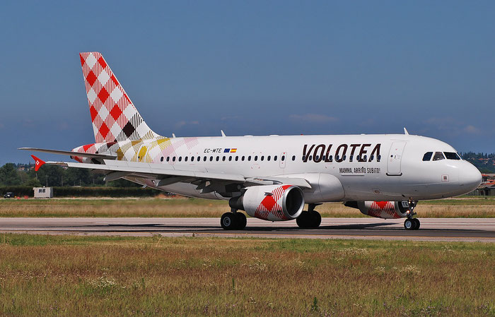EC-MTE A319-112 2332 Volotea Air @ Aeroporto di Verona 25.06.2018  © Piti Spotter Club Verona