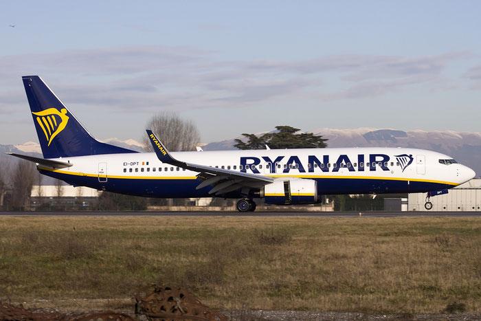 EI-DPT B737-8AS 35550/2227 Ryanair @ Treviso Airport 24.01.2015 © Piti Spotter Club Verona