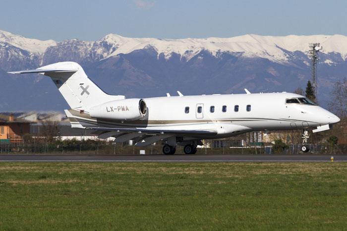 LX-PMA CL-300 20097 Luxaviation @ Treviso Airport 23.02.2014 © Piti Spotter Club Verona