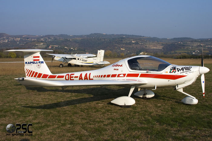 OE-AAL - Diamond DA 20 Katana @ Aeroporto Verona Boscomantico © Piti Spotter Club Verona