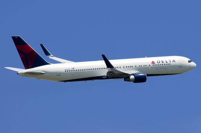 N193DN B767-332ER 28450/671 Delta Air Lines @ Venezia Airport 21.06.2015 © Piti Spotter Club Verona