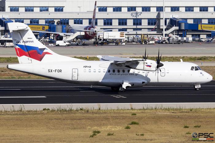 SX-FOR  ATR42-500  524  Sky Express @ Athens 2019 © Piti Spotter Club Verona