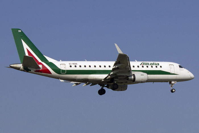 EI-RDN ERJ175STD 17000347 Alitalia CityLiner @ Bologna Airport 14.03.2014 © Piti Spotter Club Verona