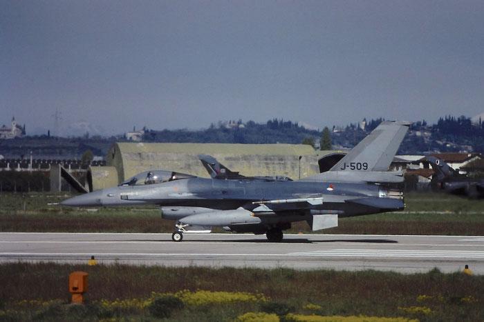 J-509   F-16AM  6D-148  322sq @ Aeroporto di Verona   © Piti Spotter Club Verona